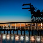 Crude oil price edges a bit higher to $59.5