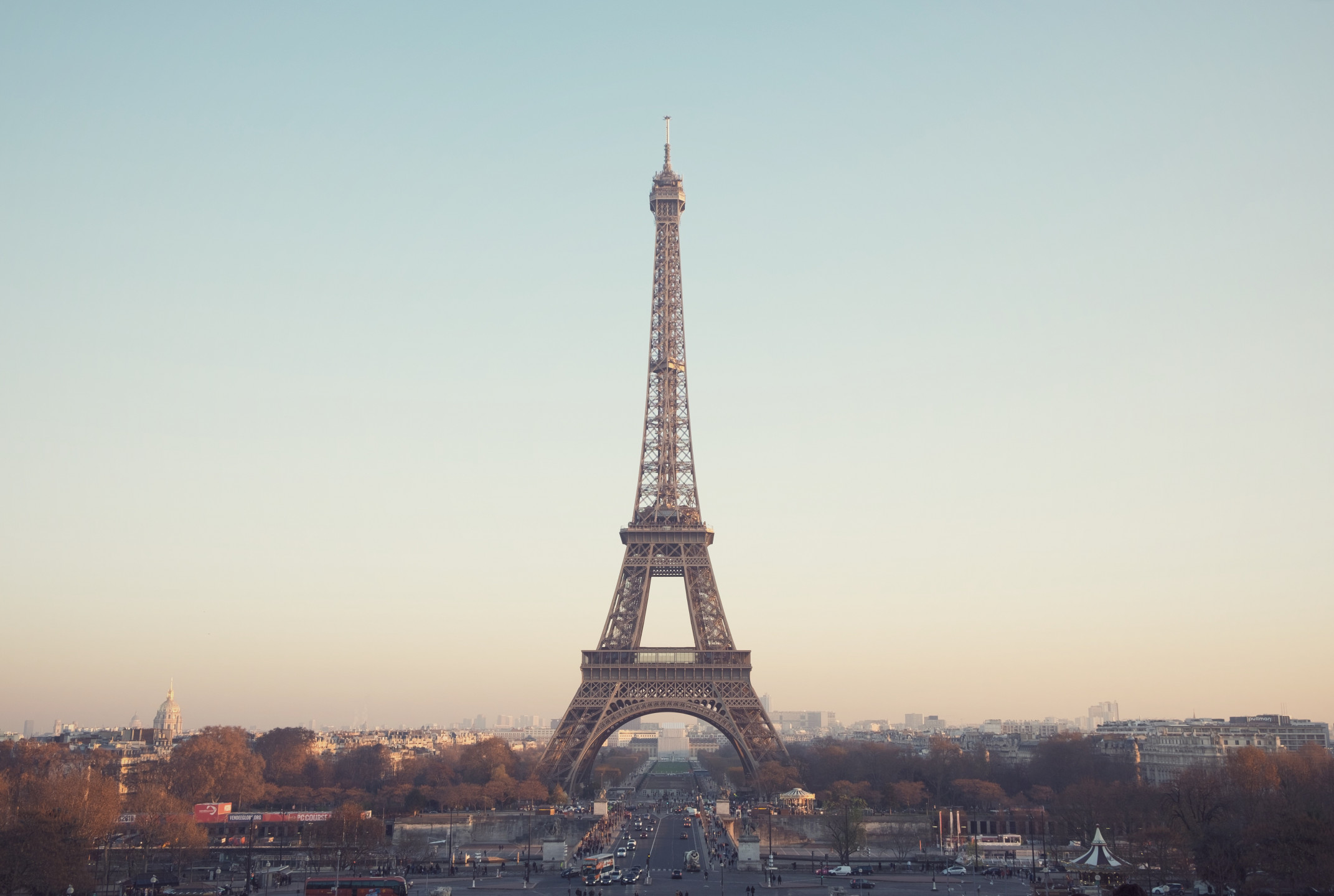 AMF blacklists 5 new Forex brokers in France