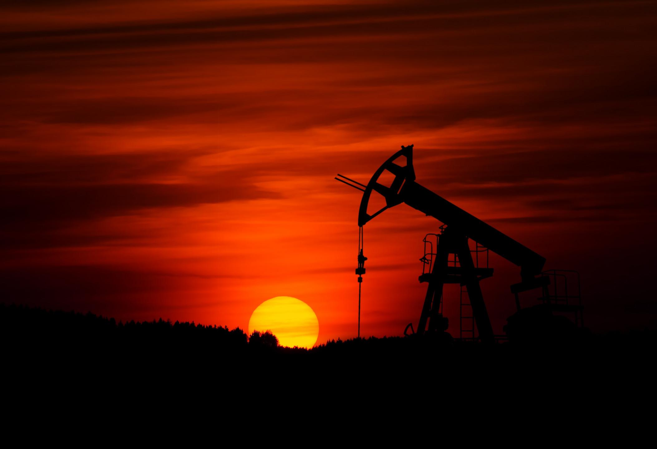 Crude oil price forecast - WTI confined below $57