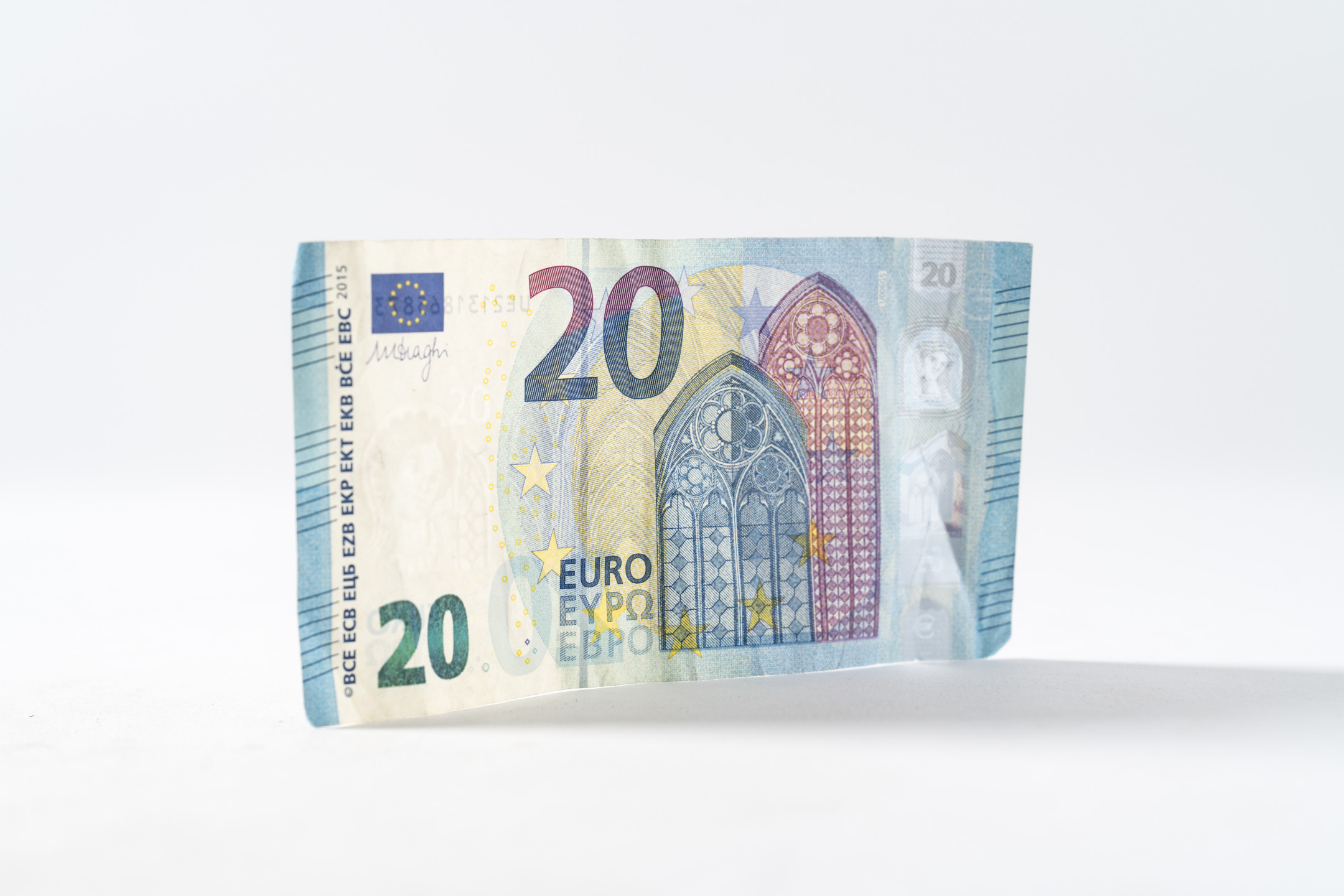 Euro recovers higher above 1.1250 against USD