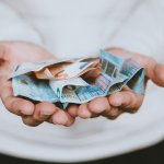 EURUSD analysis: Pair losses bullish momentum