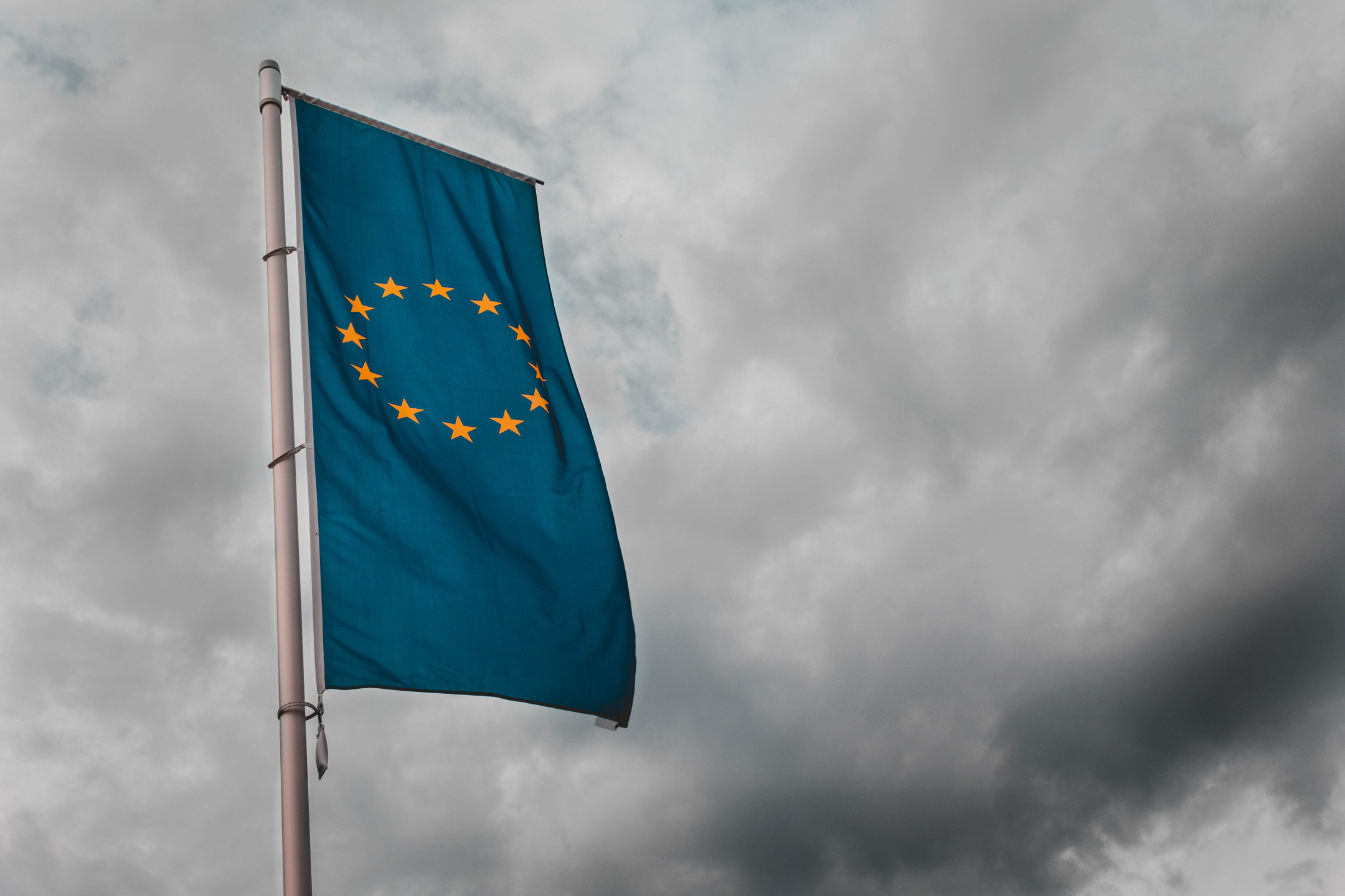 ESMA approves Austrian CFDs restrictions