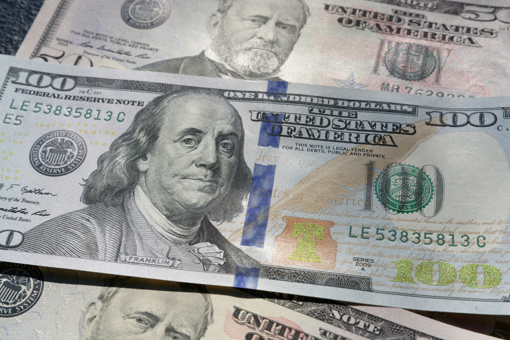 US dollar index gains slightly as investors increase bets on two rate cuts