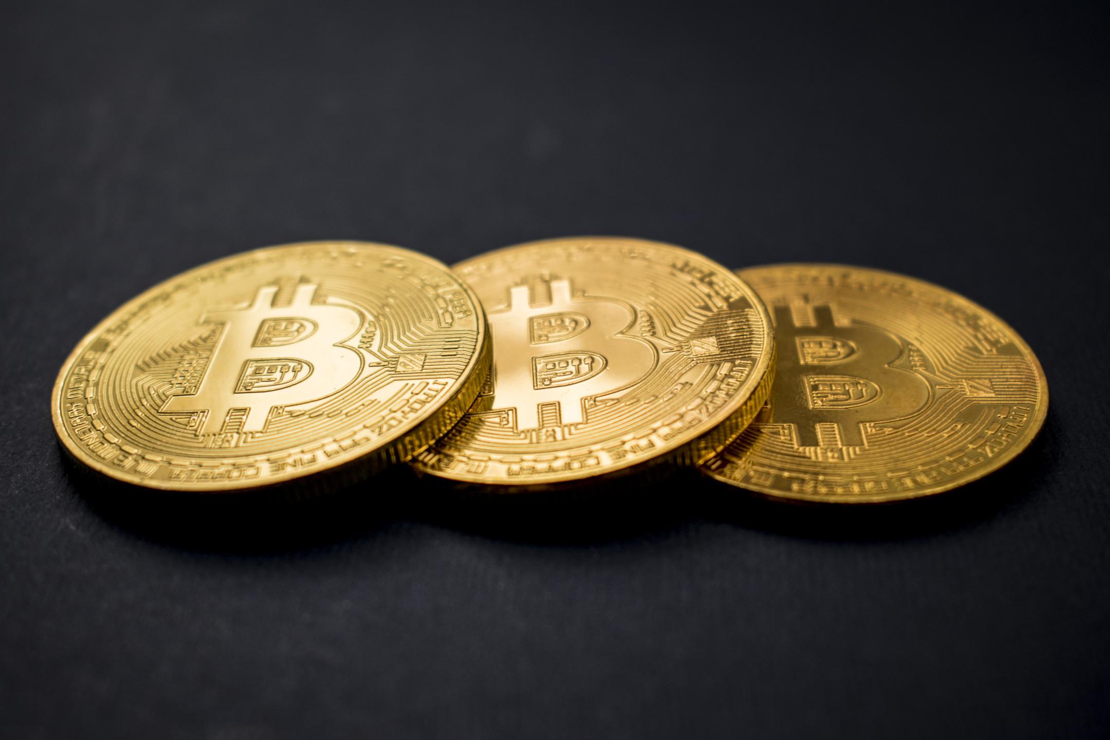 Bitcoin price surges above $7000 - Is BTCUSD next target $8000?