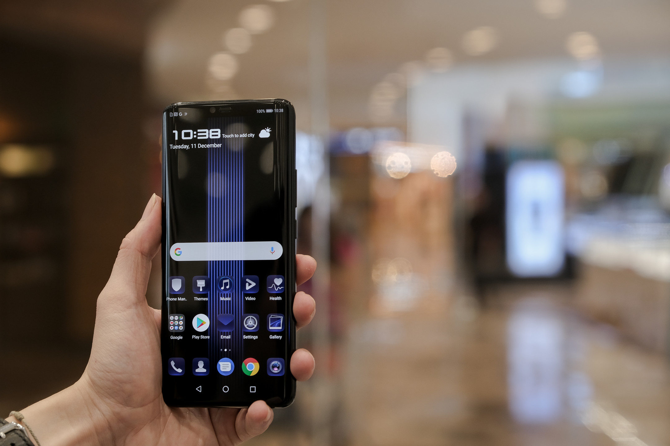 US China trade war escalates: Google suspends Huawei android service