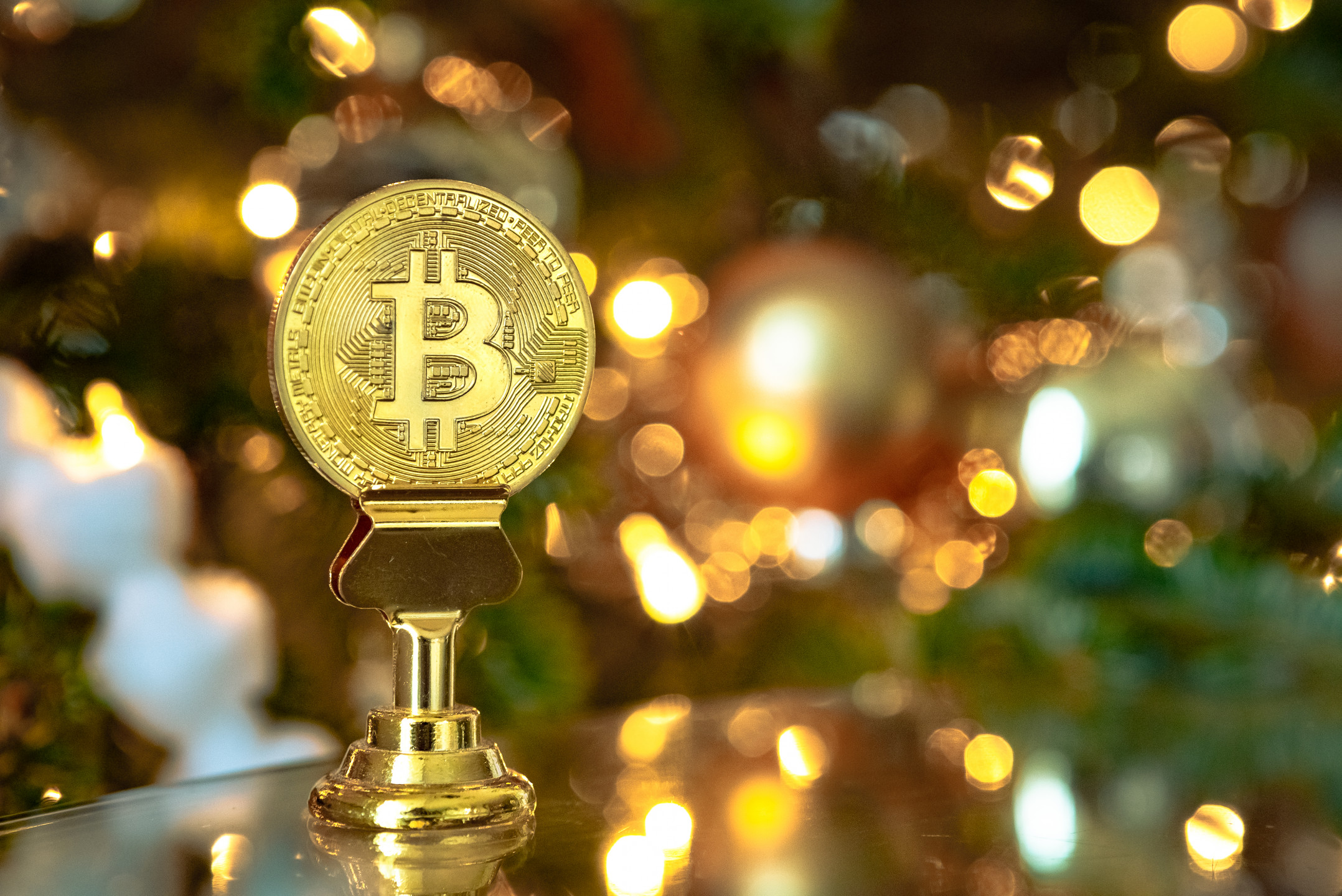 Why Bitcoin jumped today above $4800 mark