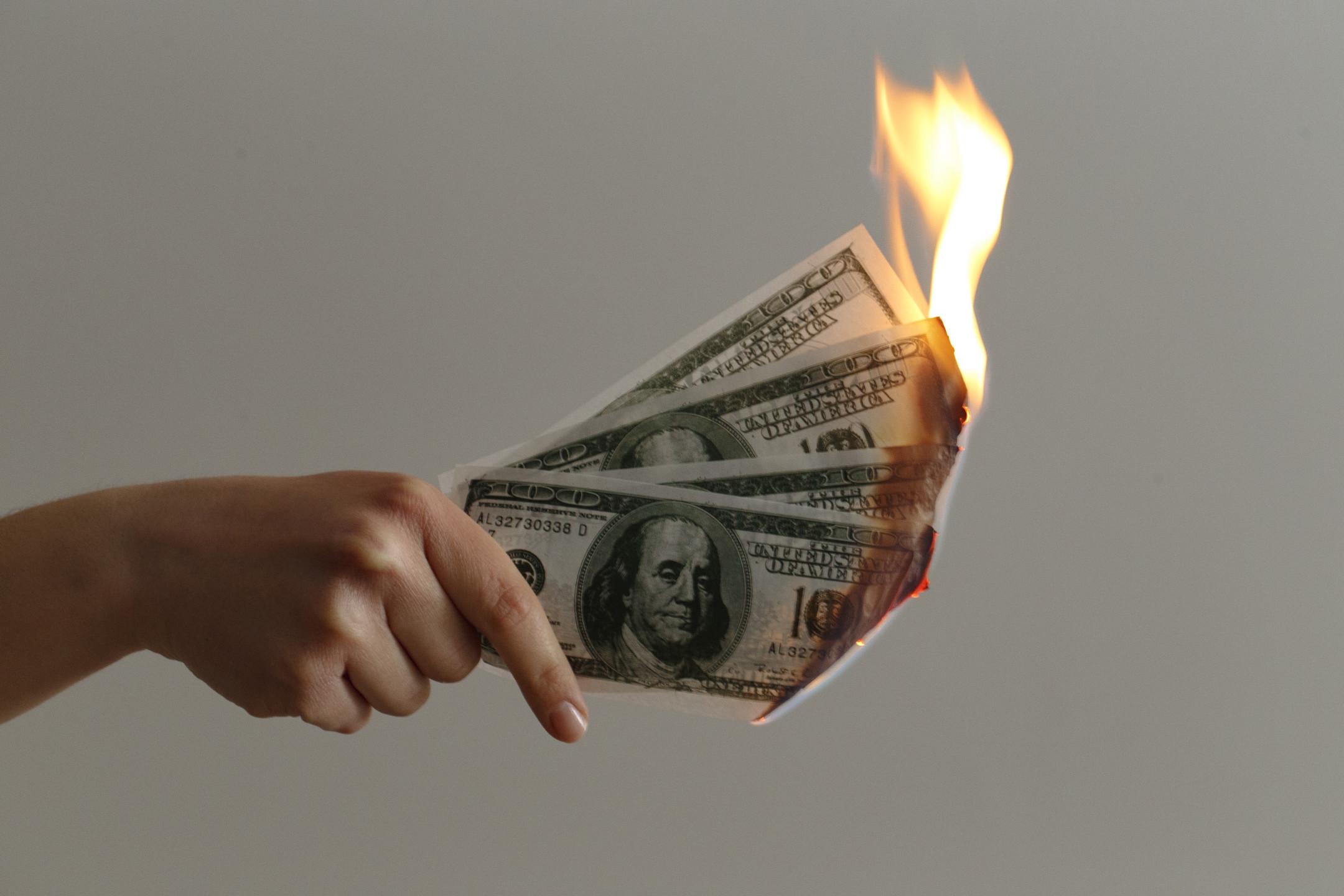 Tether mints 5 billion USDT tokens to burn them immediately!