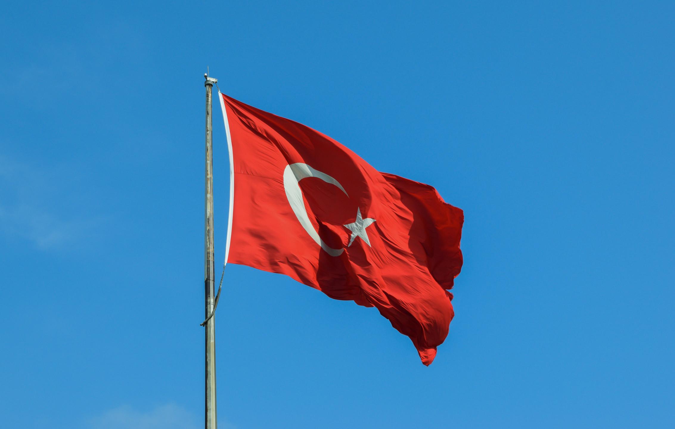 USDTRY analysis - Turkish lira climbs to 4-day tops around 5.57